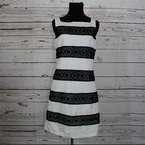 White House Black Market, sleeveless dress size 2